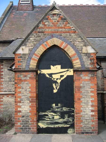 Cut n Spray – Stencil auf Kirche