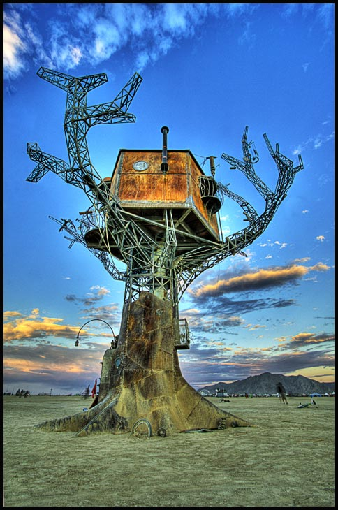 steampunk treehouse
