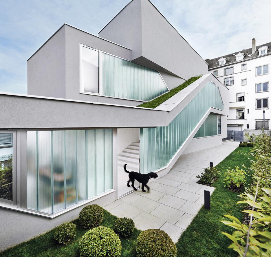 Endlich ein Haus von Marc Fornes