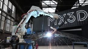 Roboter bauen Brücken